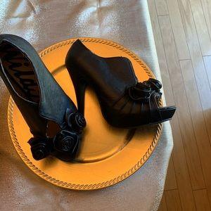 Wild Rose Black High Heels